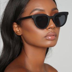 Brand New w Tags Matte Black Classic Sunglasses